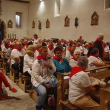 l'église en rouge et blanc